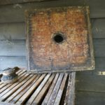 Lid of straw hive